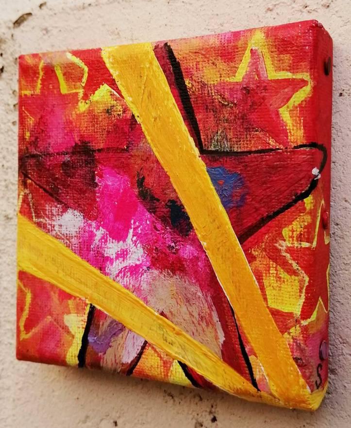 """Ten:102 (Feeds)"" - 21st October 2020 - Acrylic on canvas, 10cm x 10cm x 1cm"
